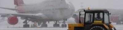 В аэропортах Москвы из-за снегопада отменили и задержали около 85 рейсов