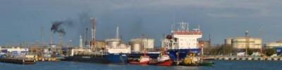Шторм может нарушить работу переправы в Крым на три дня