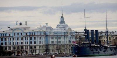 Гостиницы Санкт-Петербурга оказались самыми дешевыми в стране