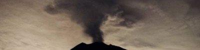 На Бали из-за извержения вулкана застряли более двух тысяч туристов