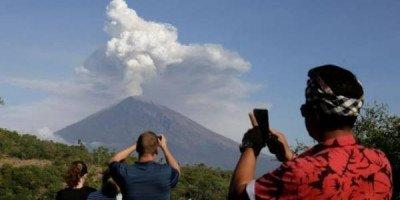 Ростуризм предупредил россиян об активизации вулкана на Бали
