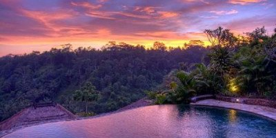 Власти Бали намерены ввести $10 налог для туристов