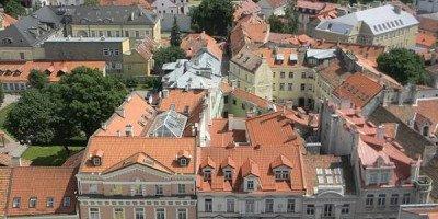 Стало известно, в какие города Европы дешевле всего поехать на выходные