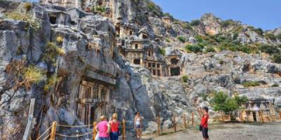 Древний город и фото со скатом. Чем, кроме пляжей, интересна Турция