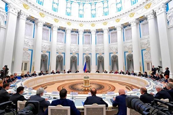 Photo of «Нужны решения». В Кремле обсудили защиту лесов и борьбу с полиэтиленом