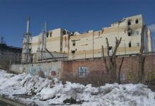 Photo of Скоро девять дней. В Кемерове ширится мемориал и крепнут заборы