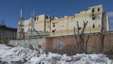 Фото Скоро девять дней. В Кемерове ширится мемориал и крепнут заборы