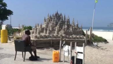 Фото Бразилец 22 года прожил в замке из песка
