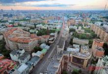 Фото Власти Москвы просят закрыть летние веранды из-за ветра
