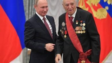 Фото Путин вручил государственные награды Этушу и Безрукову