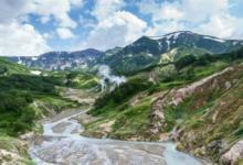 Фото Вулканы и «кипящие» озера. Места для экотуризма на Дальнем Востоке