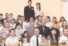 Фото Супербабушка. У самой многодетной матери России родился 51 внук