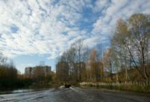 Фото В Петербурге реку Славянку отгородили от Невы из-за загрязнения