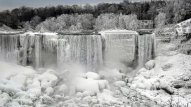 Фото В США из-за сильных морозов замерз Ниагарский водопад