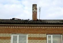 Фото Живите в бараках. Чиновник с Кубани поселил детдомовцев в бывшую тюрьму
