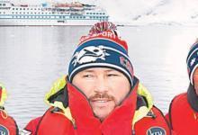 Photo of «Вспоминаешь сразу всю свою жизнь». Как амурский морж в Антарктиде плавал