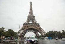Фото Мужчина, который залез на Эйфелеву башню, оказался выходцем из России