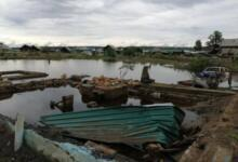 Фото В Тулуне уровень воды в реке Ия идет на спад